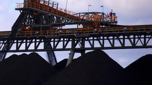 Làm Úc lao đao vì truyền miệng lệnh cấm nhập khẩu, Trung Quốc đối mặt nguy cơ gì?