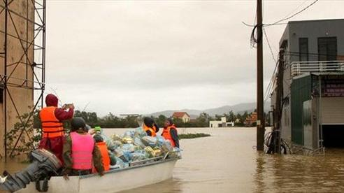 Nhiều quốc gia viện trợ Việt Nam khắc phục hậu quả lũ lụt miền Trung