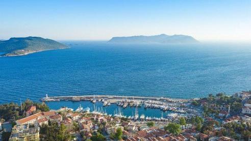 'Choáng ngợp' 15 đường bờ biển đẹp nhất thế giới