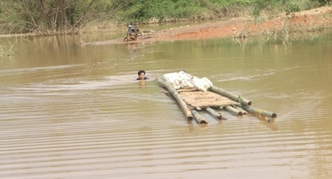 Thủy điện Plei Kần tự ý tích nước, gây họa cho người dân