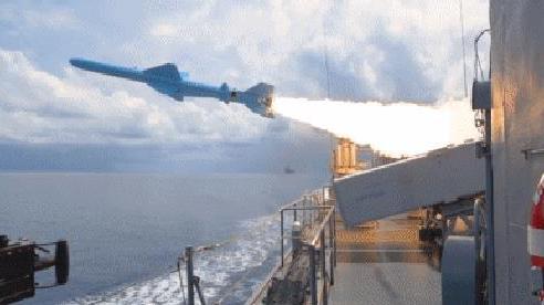 Trung Quốc bán tên lửa cho Hải quân Venezuela để đổi lấy thứ gì?