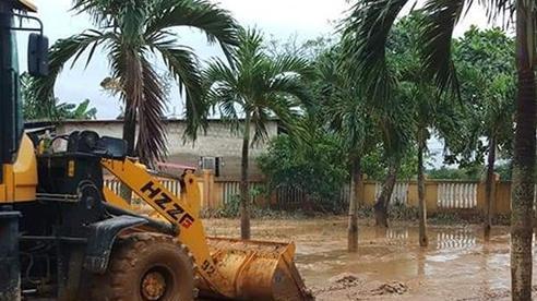 Hơn 300 điểm trường học ở Quảng Trị bị ảnh hưởng do lũ lụt lịch sử