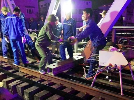 Tàu thủy va cầu đường sắt Tam Bạc, ảnh hưởng tuyến Hà Nội-Hải Phòng