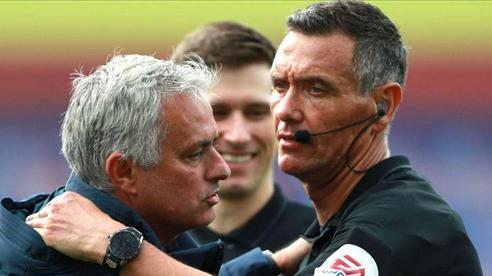 Mourinho đả kích mạnh sai lầm liên tiếp của VAR