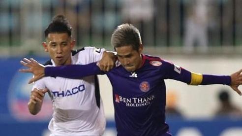 Hồng Duy lên tiếng sau vụ bị cầu thủ Sài Gòn FC ném bóng thẳng mặt