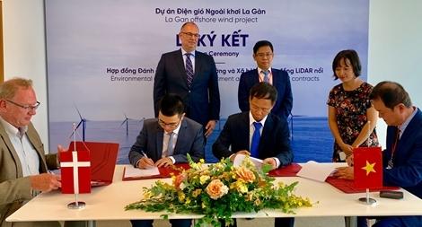 Lắp đặt thiết bị đo sóng và gió công nghệ tiên tiến nhất ở ngoài khơi Bình Định
