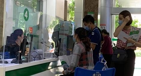 Sau 3 lần xét nghiệm, một người Việt từ Angola về dương tính với SARS-CoV-2