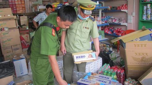 Chuyển truy cứu trách nhiệm hình sự đối với hộ tàng trữ thuốc lá nhập lậu 'khủng' tại Bình Dương