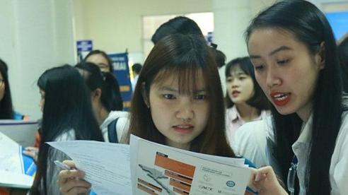 Nhà tuyển dụng chê sinh viên 'không chung thủy, thiếu chân thành'