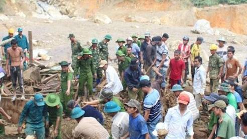 Chuẩn bị máy nổ, sẵn sàng xuyên đêm tìm kiếm các nạn nhân vụ sạt lở ở Trà Leng