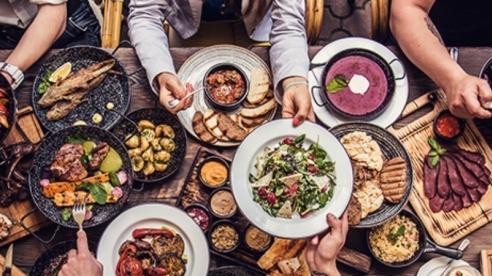 Vì sao 1 số người bị ợ nóng, nổi mụn, nhiệt miệng sau khi ăn thực phẩm?