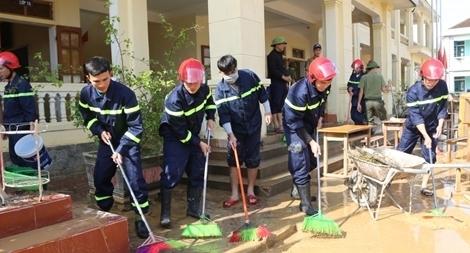 Bộ Y tế thành lập 7 đoàn công tác vào miền Trung hỗ trợ phòng chống dịch bệnh