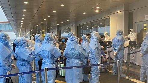 Dự kiến quy trình cách ly khi mở lại các chuyến bay thương mại quốc tế