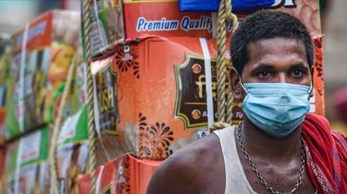 Covid-19: Ca tử vong tại Ấn Độ giảm 50% so với đỉnh dịch, số ca mắc ở Canada có thể tăng lên 8.000/ngày