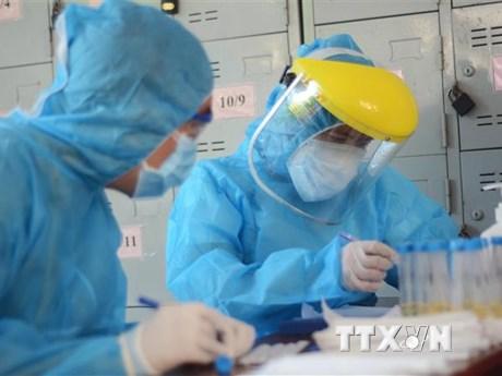 Chuyên gia Hàn Quốc rời TP.HCM sang Nhật Bản âm tính với SARS-CoV-2