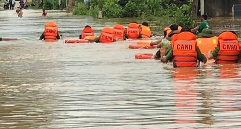 Mưa lớn từ Nghệ An đến Quảng Ngãi, cảnh báo lũ quét