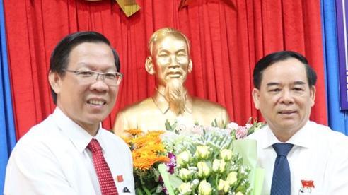 Đồng chí Trần Ngọc Tam giữ chức Chủ tịch UBND tỉnh Bến Tre