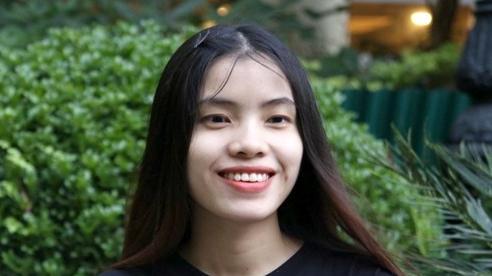 Cô gái khiếm thị được tuyển thẳng vào Học viện Âm nhạc Việt Nam