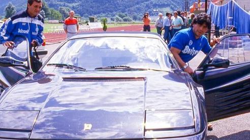 Bộ sưu tập xe 'hiếm có khó tìm' của huyền thoại bóng đá Maradona