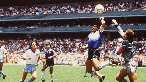 Diego Maradona và 'Bàn tay của Chúa' đầy tai tiếng