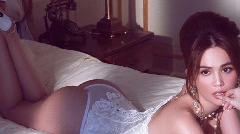 Ngọc Trinh lại 'đốt mắt' fan với bộ hình bikini