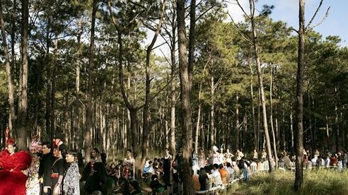 Mãn nhãn fashion show giữa rừng núi Đắk Nông