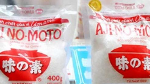 Hàng giả, hàng nhái tràn lan vì một bộ phận người Việt vẫn sẵn sàng mua 'túi LV giá chỉ 120k'