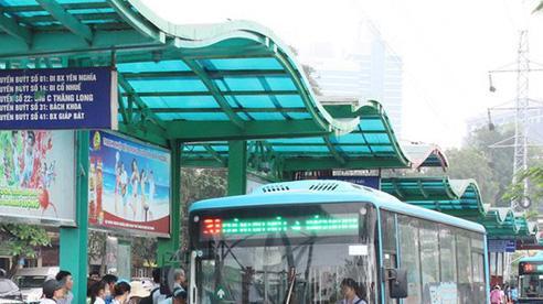 Mở 14 làn dành riêng cho xe buýt: Bài học BRT còn đó!