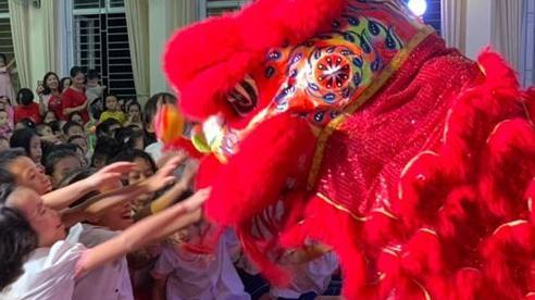 Nghệ An: Tổ chức Tết Trung thu cho trẻ em vùng khó khăn
