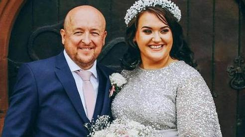 Tung tin mắc ung thư, cô dâu lừa được tiển 'khủng' tổ chức đám cưới siêu sang chảnh