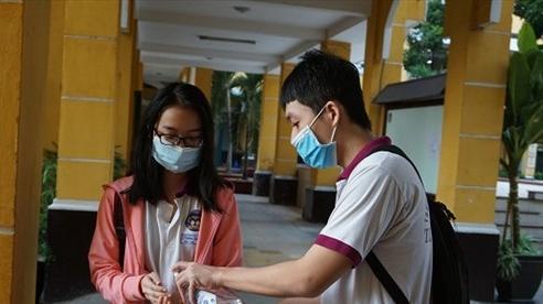 TP Hồ Chí Minh yêu cầu các cơ sở giáo dục thực hiện nghiêm các biện pháp phòng dịch COVID-19