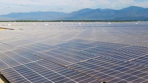 Bộ Công thương nói gì về việc liên tục bổ sung dự án điện mặt trời vào quy hoạch?