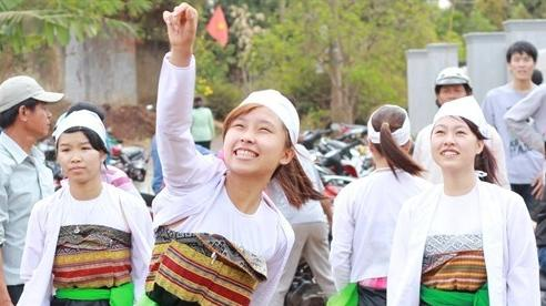 Hơn 600 nghệ nhân, nghệ sĩ tham gia ngày hội văn hoá dân tộc Mường