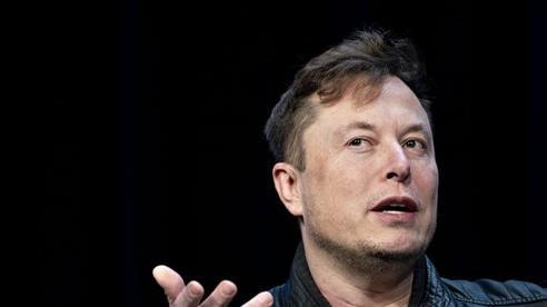 Kiện tụng qua lại suốt 2 năm, cựu nhân viên Tesla phải bồi thường gần nửa triệu USD vì 'đâm sau lưng' Elon Musk