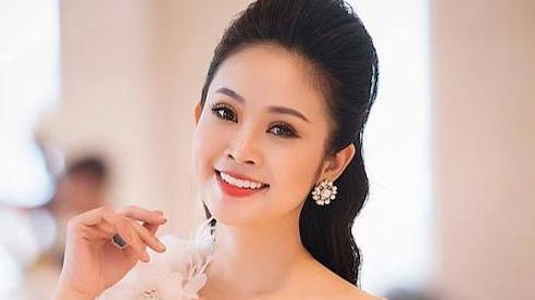 MC Thùy Linh VTV sẽ kết hôn trước Tết với bạn trai kém 5 tuổi