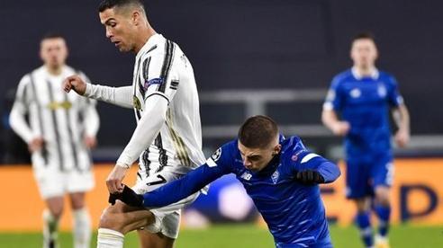Ronaldo cán mốc 750 bàn thắng ngoạn mục trong sự nghiệp