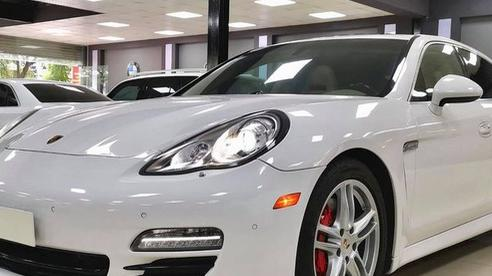 Vượt ngưỡng 100.000km, Porsche Panamera 4S xuống giá ngang ngửa Honda Accord 2020 'đập hộp'