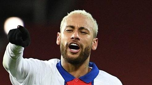 Neymar tuyên bố nóng với Messi sau cú đúp vào lưới MU