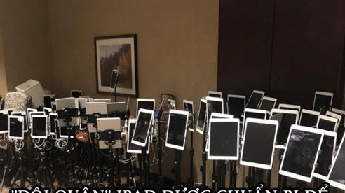 Bức ảnh 'phát ra' nỗi buồn: 'Đội quân' iPad xếp hàng để bệnh nhân Covid-19 sắp trút hơi thở cuối cùng từ biệt người thân tại một bệnh viện ở Mỹ