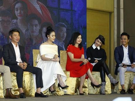 Lần đầu Hồng Diễm lộ hình xăm trên phim, hứa hẹn vai diễn đột phá