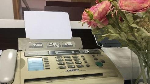 Tại sao những chiếc máy fax vẫn còn tồn tại đến nay?