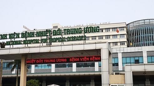 Bệnh viện tuyến đầu chống Covid-19 tư vấn phòng dịch cho người đi nước ngoài