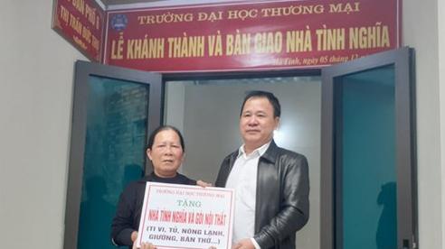 Trường Đại học Thương mại ủng hộ 4 tỉnh miền Trung bị ảnh hưởng lũ lụt hơn 2 tỷ đồng