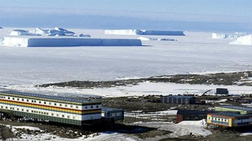 Nga đánh tâm lý thị trường, đang thăm dò ở Nam Cực?