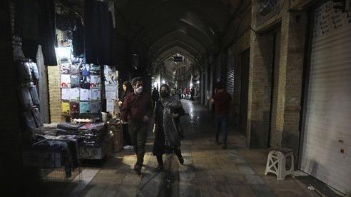 Iran ân xá 10 nghìn tù nhân, hành động quyết liệt ngăn Covid-19