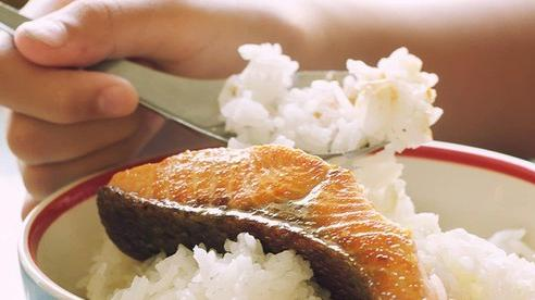 Chuyên gia khuyến cáo 4 thời điểm không nên ăn cá vì không tốt như bạn nghĩ