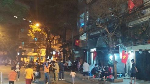 Nóng: Hà Nội chính thức dỡ bỏ lệnh cách ly tại phố Trúc Bạch