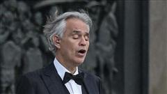 Màn trình diễn khiến triệu người rơi lệ của danh ca mù Andrea Bocelli