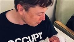 Tỷ phú Elon Musk vừa đổi tên mới cho con trai, vì 'X Æ A-12' vẫn chưa đủ phức tạp