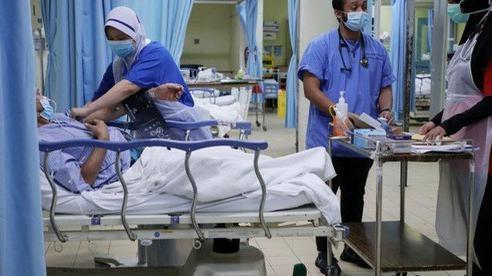 Malaysia: Bệnh nhân Covid-19 được xuất viện dù vẫn dương tính sau 2 tuần